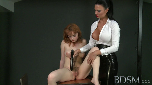 bdsm Mistress Jasmine on sub Lola