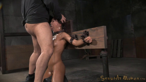 BDSM Natural Born Sexbot Kalina Ryu Throatboarded