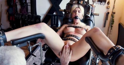 BDSM Mia The Beauty Part Three