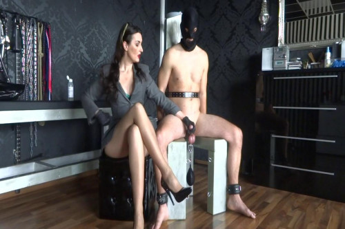Femdom and Strapon She is the boss! - Lady Victoria Valente - HD 720p