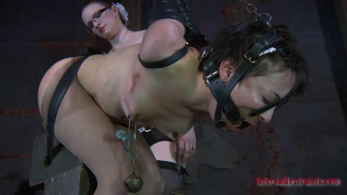 BDSM Bendy Mei Mara and Claire Adams