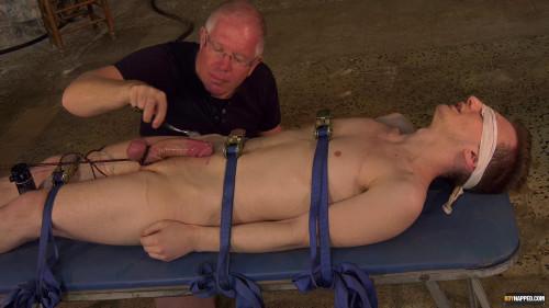 Gay BDSM A Painful Pinwheel Edging - Reece Bentley and Sebastian Kane - Full HD 1080p