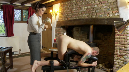 Femdom and Strapon billy anal