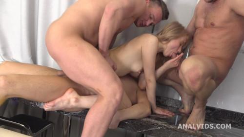 Russian Manhandle, Light Fairy 3on1 Balls Deep Anal, DP