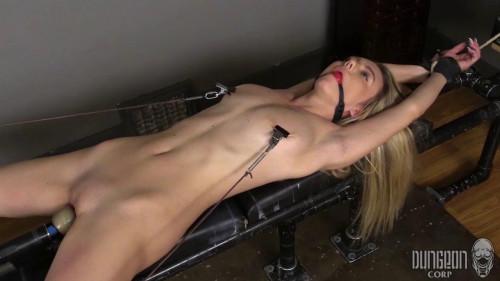 BDSM Molly Mae - Pushing Mollie vol.4