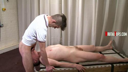 Gay BDSM Session 311 : Master Ross