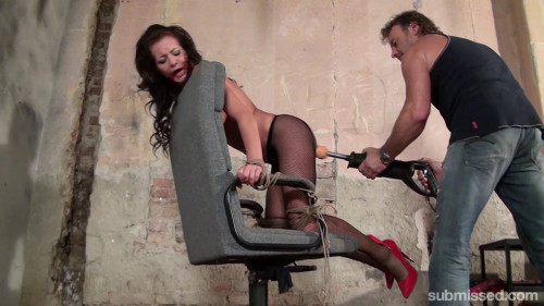 BDSM Adel Bound To Chair
