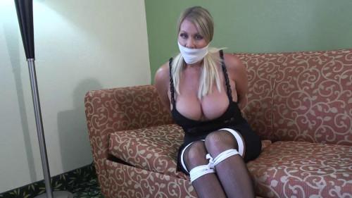 BDSM Jamie Knotts-Seduced by the big busted rope slut next door