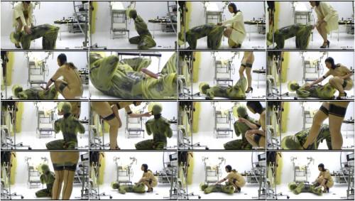 Femdom and Strapon  Training