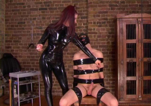Femdom and Strapon Goddess Lilliths Nipple Slave