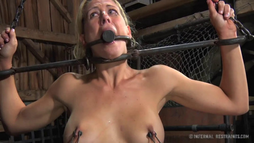 BDSM Bondage, strappado, spanking and torture for bitch part 2 Full HD1080