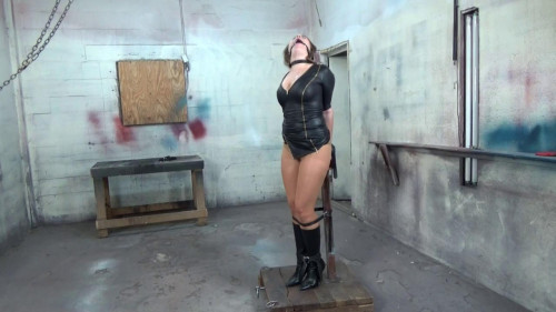 BDSM She Wanted To Be A Dominatrix