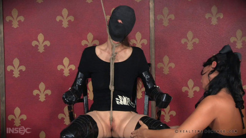 BDSM Pain Puppet With Paintoy Emma
