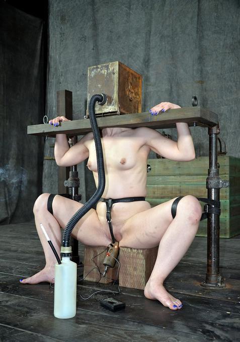 BDSM Aching Holes