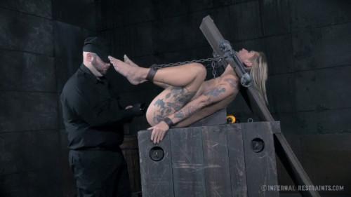 BDSM Kleio Valentien