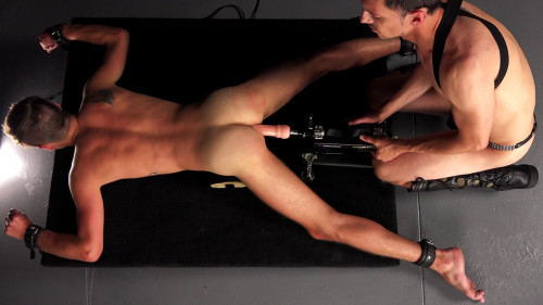 Gay BDSM Matthew Connor - From Fantasy To Nightmare - Chapter 9