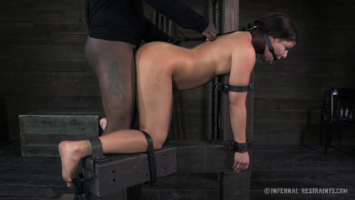 BDSM Dungeon Slave Mia Gold Punished & Fucked