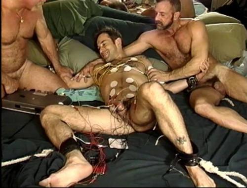 Gay BDSM Rough Endurance