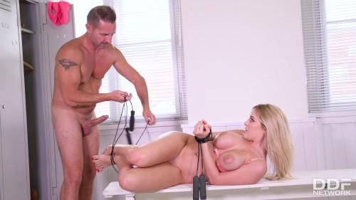 BDSM Bondage Lesson At The Gym