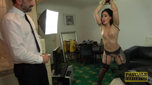 BDSM Porn Virgin Wants Her Boss To Watch