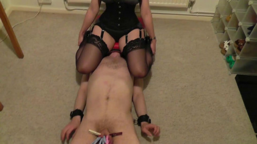 Femdom and Strapon Miss Jessica Smotherbox