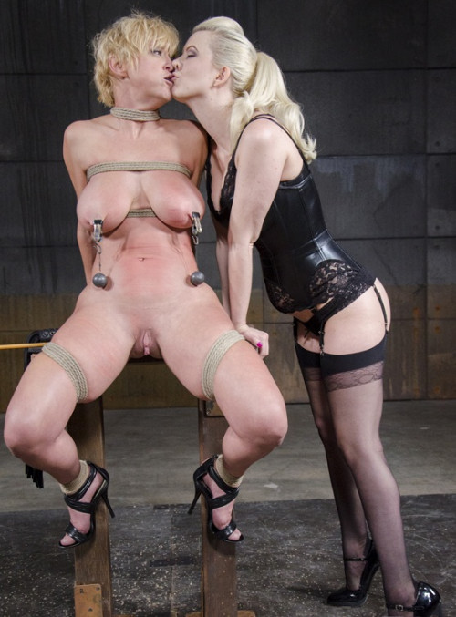 bdsm Delicious Darling go hard
