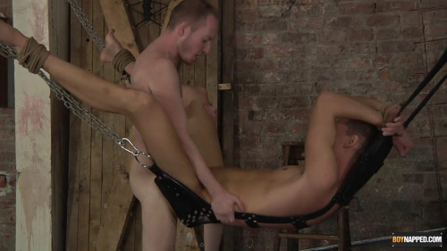 Gay BDSM Fucking His Well Used Hole!