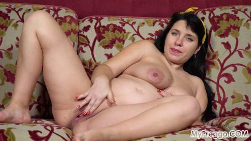 Tanya 05 - Rubbing Her Shaved Pussy Brings On Painful Contractions