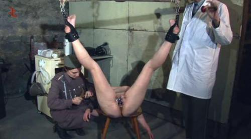 BDSM Modern Interrogatio Im Verhoer Bea Akte