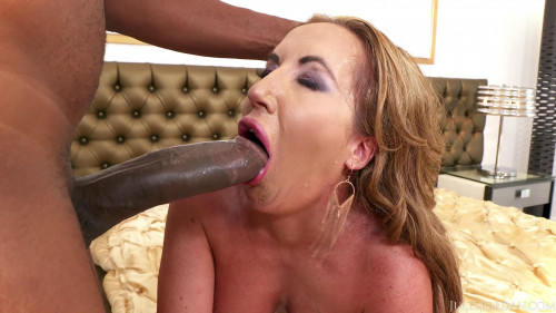 Fat ass MILF with big titties loves to fuck