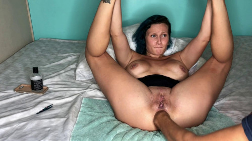 Fisting and Dildo fist my ass