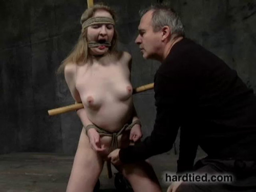 BDSM Hdt - Melody