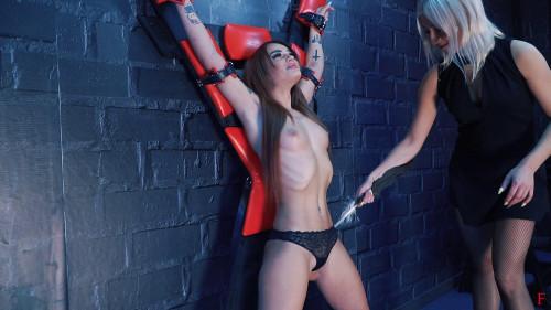 BDSM HD Bdsm Sex Videos Ticklish attack on the cross and revenge