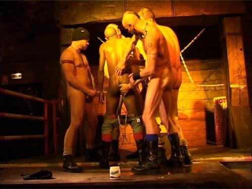 Gay BDSM Extreme 1 (2006)