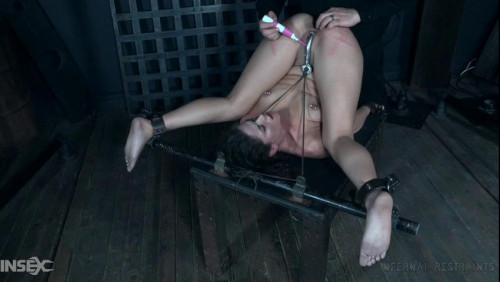 BDSM The pleasure she sees in his eyes