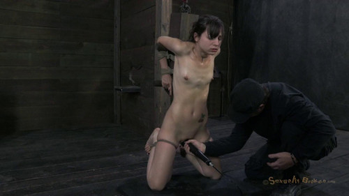 bdsm 20yr Innocent Girl Next Door, Finds Deep Brutal Throat Fucking Are All About