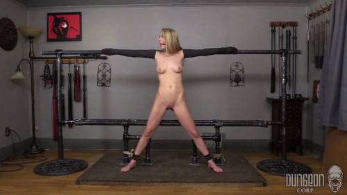 BDSM Molly Mae - Pushing Mollie Part3