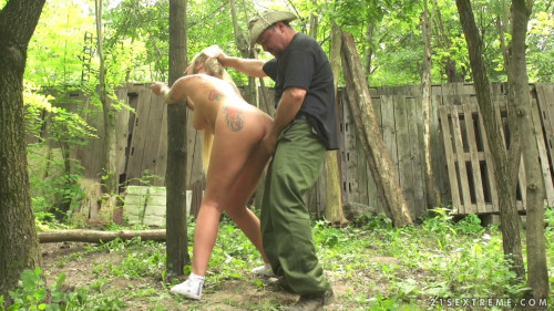 BDSM Outdoor Domination For Nasty Kayla Green
