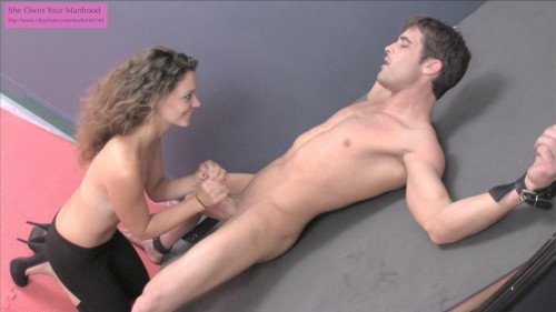 Femdom and Strapon Plays withPrisoner