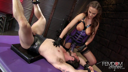 Femdom and Strapon Tina Kay - Gaping Ass Fuck Doll