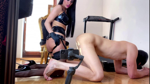 Femdom and Strapon Evil Woman - Strapon date 1080p