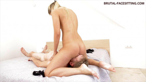 Femdom and Strapon Her sweet ass beckons me with his smell