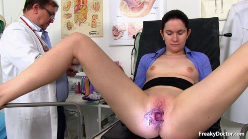 Sex Machines Marietta (25 years girls gyno exam)