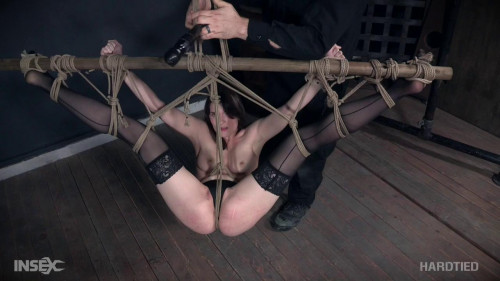 BDSM Sosha Belle Flight