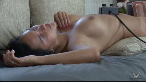 Sex Machines Quinley – relaxing Sybian massage