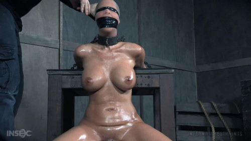 BDSM Bondage, spanking and torture for very horny brunette part 1