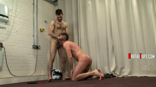 Gay BDSM Session 312 : Master Leonardo