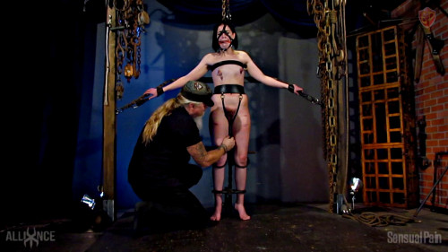 BDSM Restrained Cane en Dragontail
