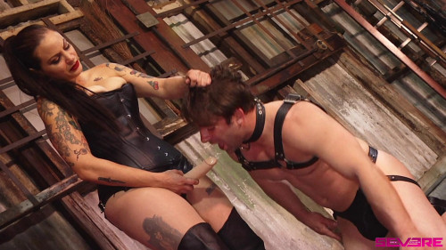 Femdom and Strapon Mistress Bettie's Strap-on Slave - Bettie Bondage and Rick Fantana - Full HD 1080p