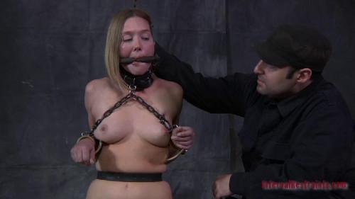 BDSM Star Treatment - Star, Cyd Black